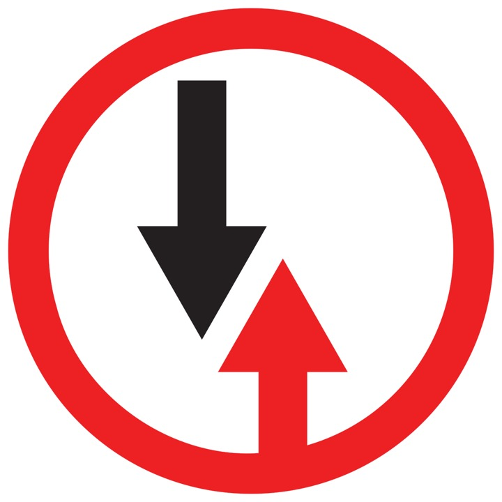 Дорожный знак 2.6 Преимущество встречного движения (D=700)