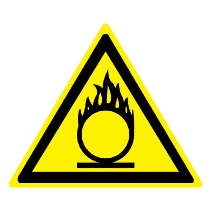 Знак W11 Пожароопасно! Окислитель •ГОСТ 12.4.026-2015• (Пленка 200 х 200)