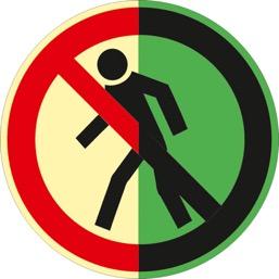 Знак P03 Проход запрещен (Фотолюминесцентный Пластик 200 x 200) Т2